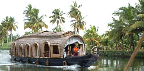 House Boat Kumarakom
